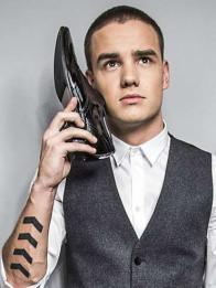 """Liam Payne, uno de los integrantes de los One Direction, sorprendió hace poco a sus fans con un corte completamente rapado, lo que en inglés se conoce como estilo """"buzz"""" y que parece que será uno de los cortes de cabello tendencia para el hombre durante todo el 2015."""